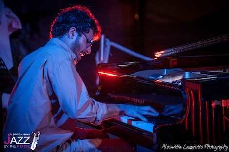 giovani alle serate Jazz by the pool