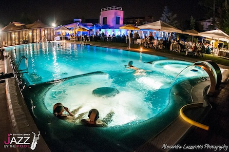 Una serata all'hotel Terme Preistoriche per Jazz by the Pool