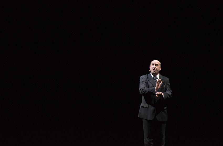 Antonio Albanese Personaggi Teatro Verdi