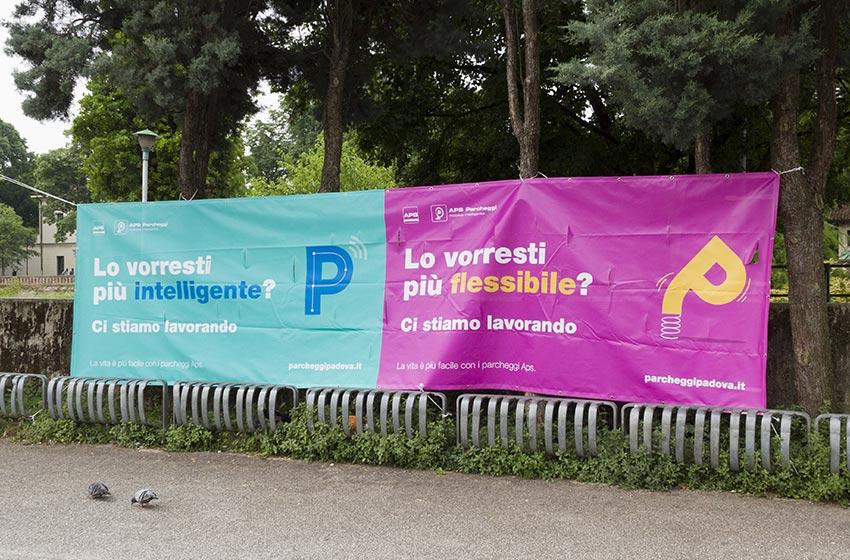 campagna teaser affissioni parcheggi
